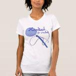 Enganchado en la camiseta del ganchillo playeras