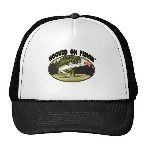 Enganchado en la pesca gorra
