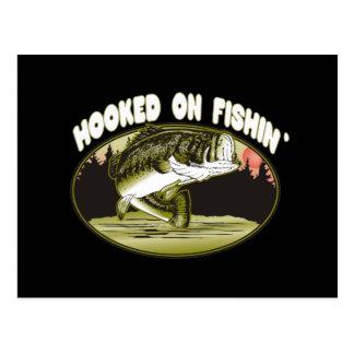 Enganchado en la pesca tarjetas postales