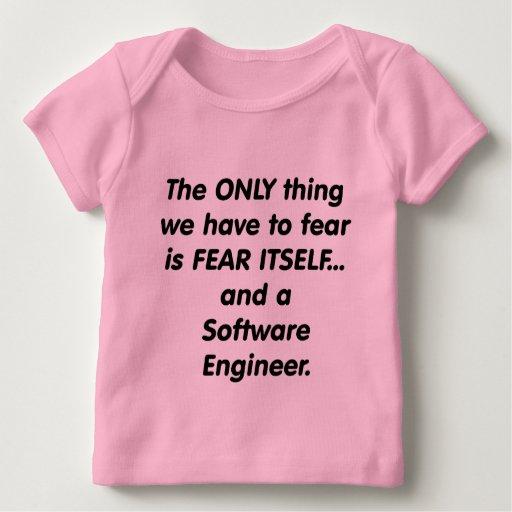 enginner del software del miedo playera de bebé