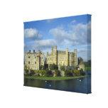 England, Kent, Leeds Castle Canvas Print