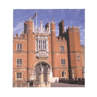 England, Surrey, Hampton Court Palace. 3 Notepad
