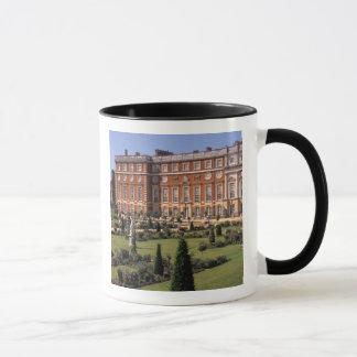 England, Surrey, Hampton Court Palace. Mug