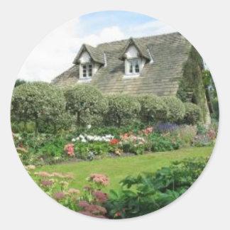 English Cottage Garden Classic Round Sticker