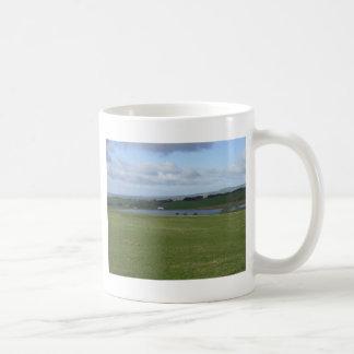 English countryside coffee mug