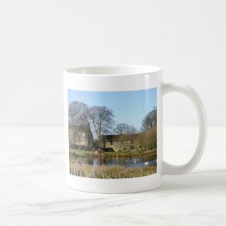 English farmyard mug