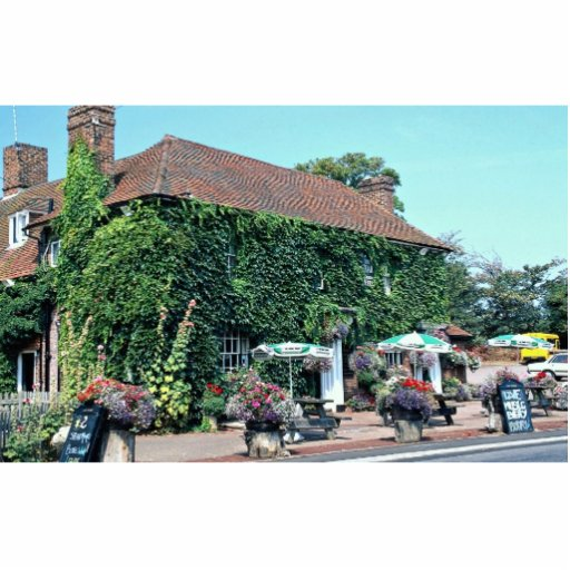 English pub in the village of Matfield, Kent, Engl Standing Photo Sculpture