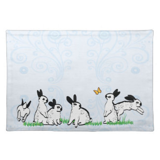 ENGLISH SPOTS IN THE GRASS PLACEMAT