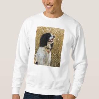 english springer spaniel in wheat.png sweatshirt