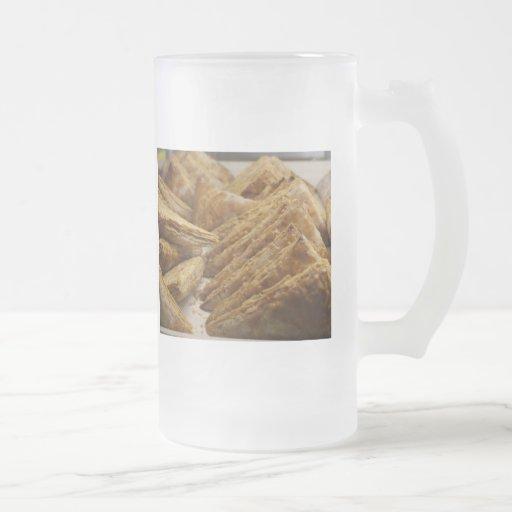 Engranaje curruscante de la comida del placer de l taza de café