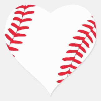 Engranaje del béisbol pegatina en forma de corazón