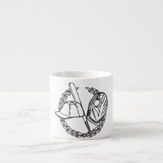 Engranaje del béisbol taza espresso