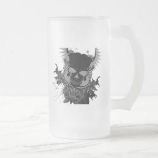 Engranaje del cráneo jarra de cerveza esmerilada