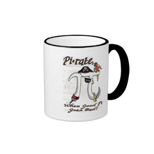 Engranaje del día del pirata pi taza a dos colores