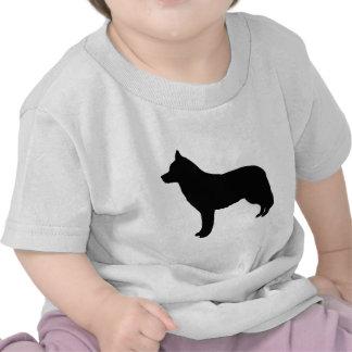 Engranaje del husky siberiano camisetas