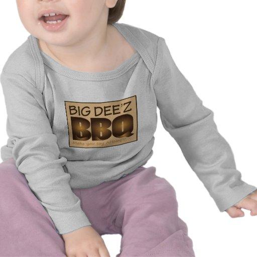 Engranaje grande del Bbq de Dee'z Camisetas