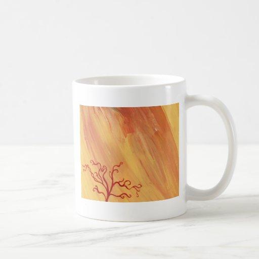 Engranaje minimalista del arte de la pintura del á taza básica blanca
