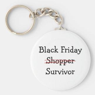 Engranaje y camisetas negros del superviviente del llaveros personalizados