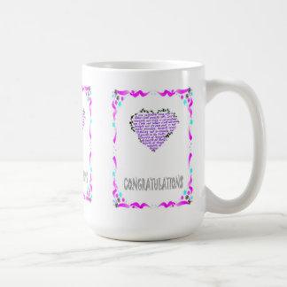Enhorabuena, corazón 2 taza básica blanca