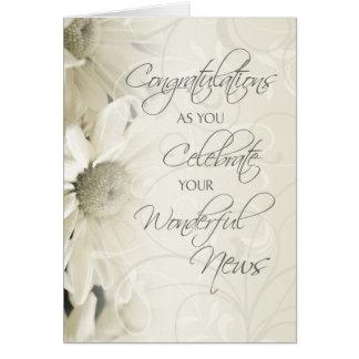 Enhorabuena de las flores blancas en la espera felicitación