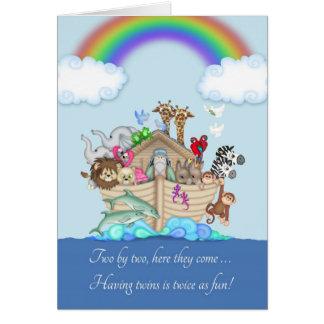 Enhorabuena en contar con a los gemelos - la arca tarjeta de felicitación