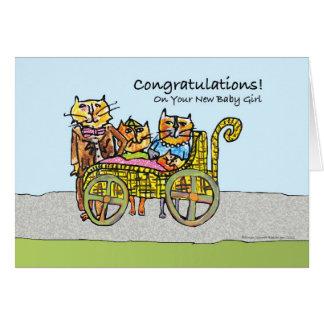 Enhorabuena en la nueva niña, familia de gato tarjeta de felicitación