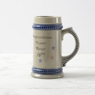 Enhorabuena en su décimosexto taza dulce del