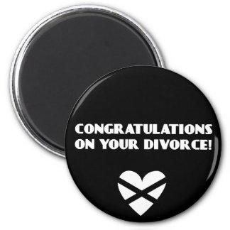 Enhorabuena en su divorcio imán redondo 5 cm