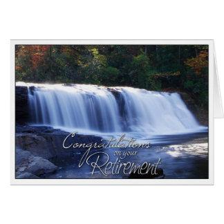 Enhorabuena en su imagen de la cascada del retiro tarjeta de felicitación