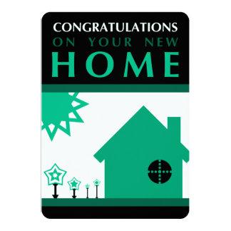"""enhorabuena en su nuevo hogar (formas verdes) invitación 5"""" x 7"""""""