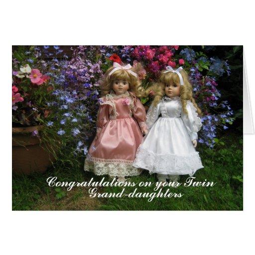 Enhorabuena en sus grandaughters gemelos tarjeta de felicitación