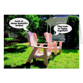 Enhorabuena lesbiana del boda, sillas rosadas tarjeta de felicitación