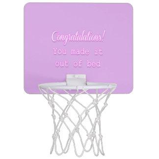 ¡Enhorabuena! Usted lo hizo fuera de cama Canastas Mini