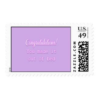 ¡Enhorabuena! Usted lo hizo fuera de cama Timbre Postal