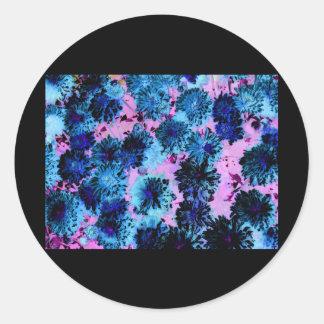 Enigma floral 5 una variación más ligera de Enigm Pegatina Redonda