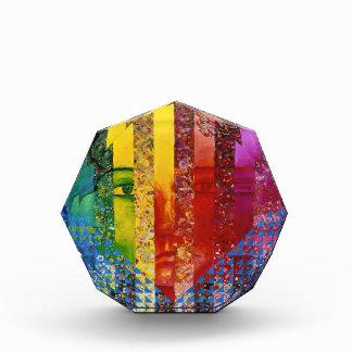 Enigma I - Diosa abstracta de la mujer del arco ir