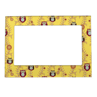 Enjoying the Sunshine Owls Magnetic Frame