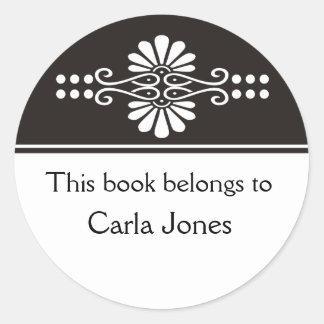 Ennegrezca este libro pertenece a las etiquetas pegatina redonda