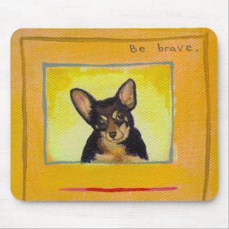 Ennegrezca y broncee la pequeña pintura del minpin tapete de ratón