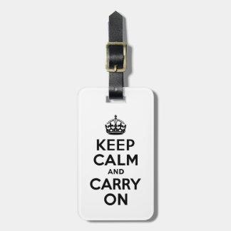 Ennegrézcase mantienen tranquilo y continúan la etiquetas maleta