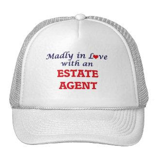 Enojado en amor con un agente de la propiedad gorras de camionero