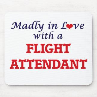 Enojado en amor con un asistente de vuelo mousepad
