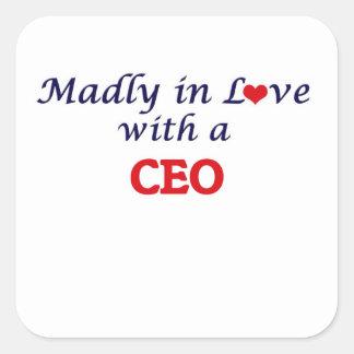 Enojado en amor con un CEO Pegatina Cuadrada
