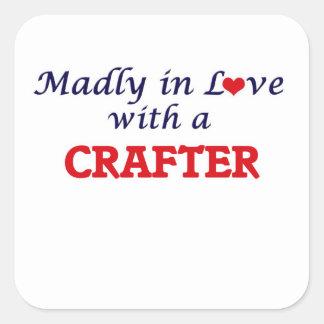 Enojado en amor con un Crafter Pegatina Cuadrada