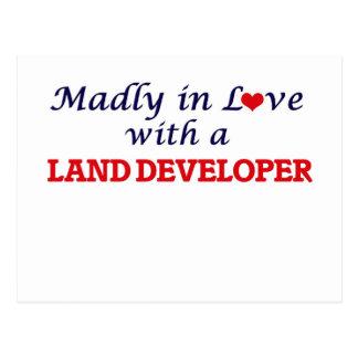 Enojado en amor con un desarrollador de la tierra tarjeta postal
