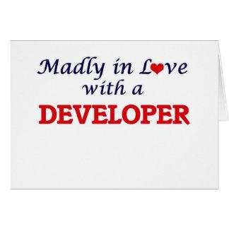 Enojado en amor con un desarrollador tarjeta de felicitación