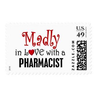 Enojado en amor con un farmacéutico estampilla