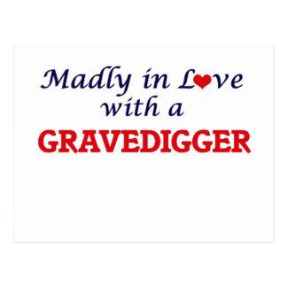 Enojado en amor con un Gravedigger Postal