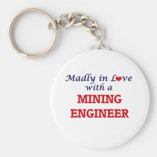 Enojado en amor con un ingeniero de minas llavero redondo tipo pin