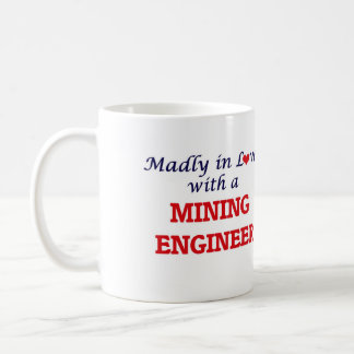 Enojado en amor con un ingeniero de minas taza